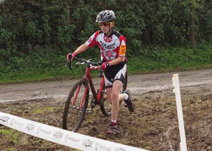 Red Rose rider at the Wheelbase/Castelli cross race
